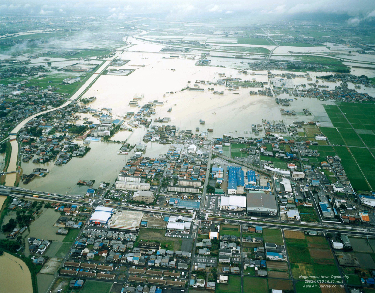 「平成14年台風第6号」大垣水害(2002年7月) アジア航測 空間 ...