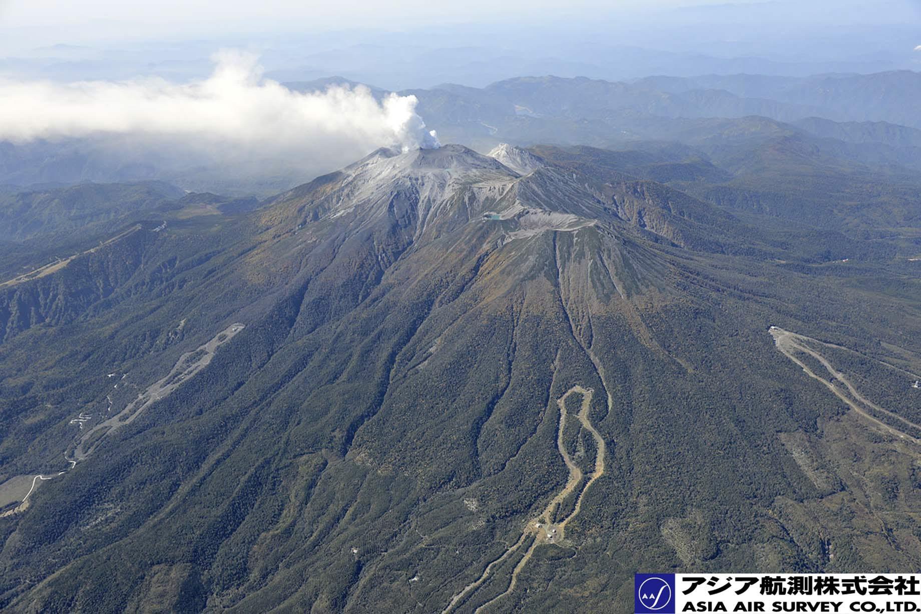 御嶽山噴火写真_斜め2