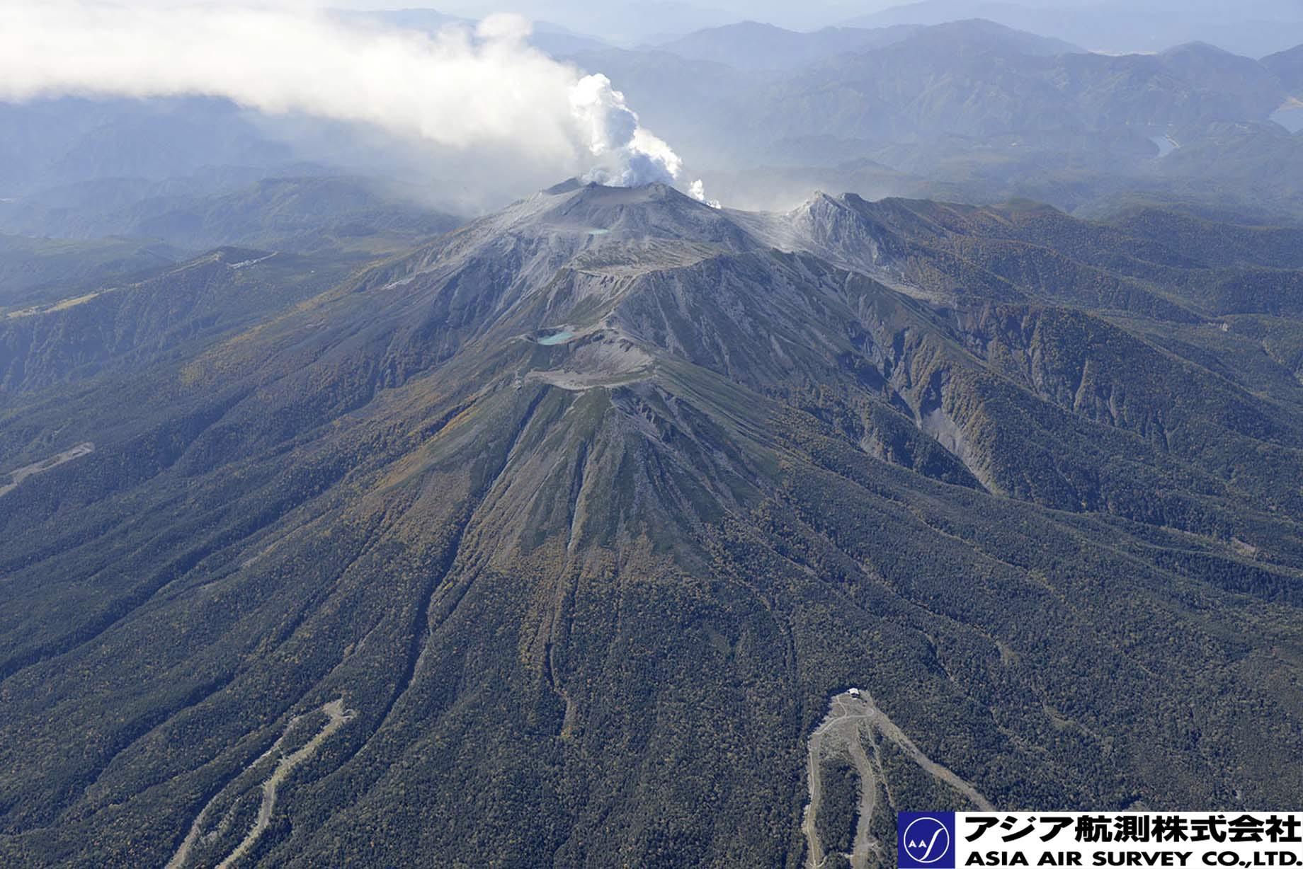 御嶽山噴火写真_斜め3