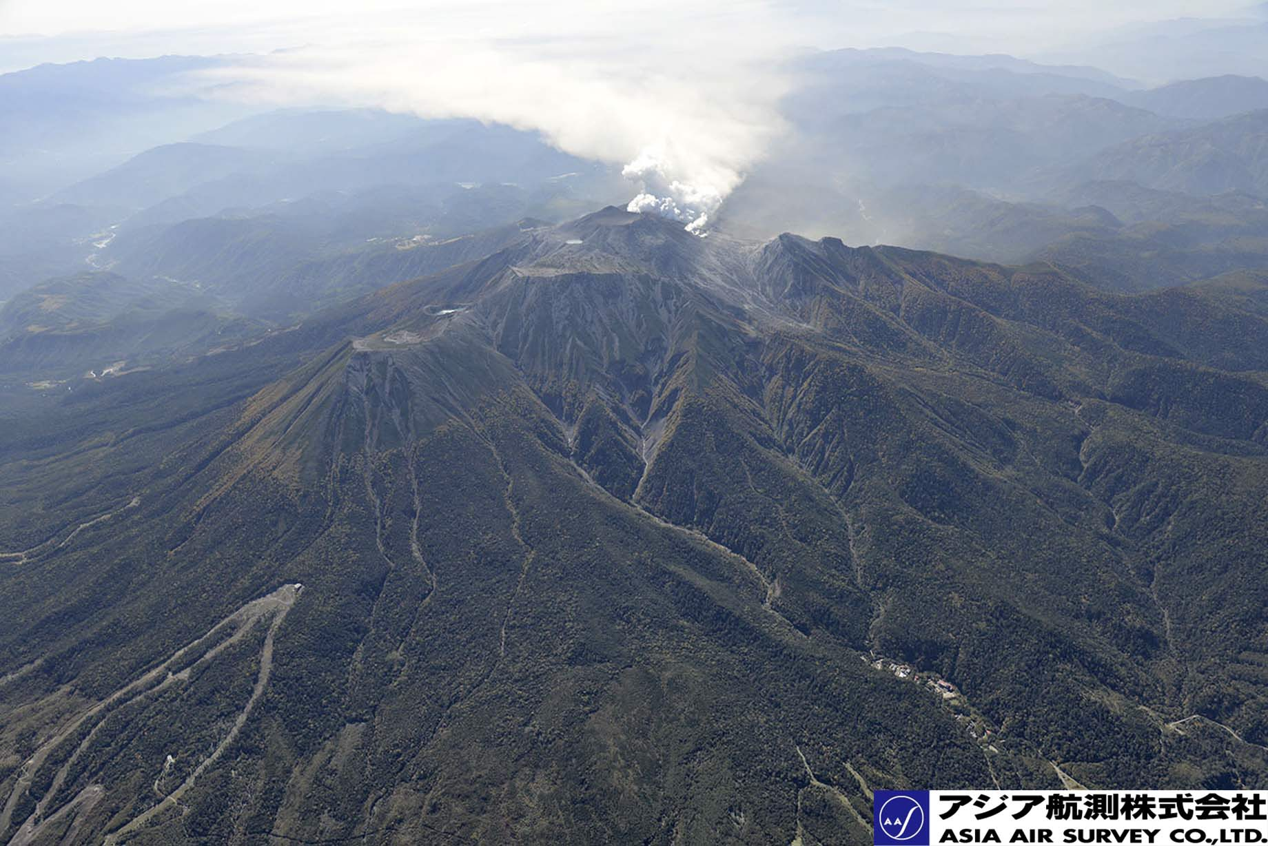 御嶽山噴火写真_斜め4