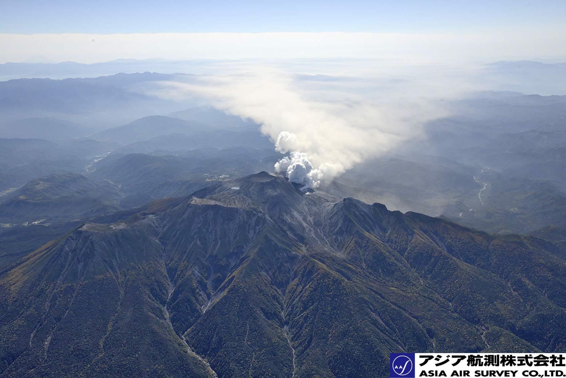 御嶽山噴火写真_斜め19