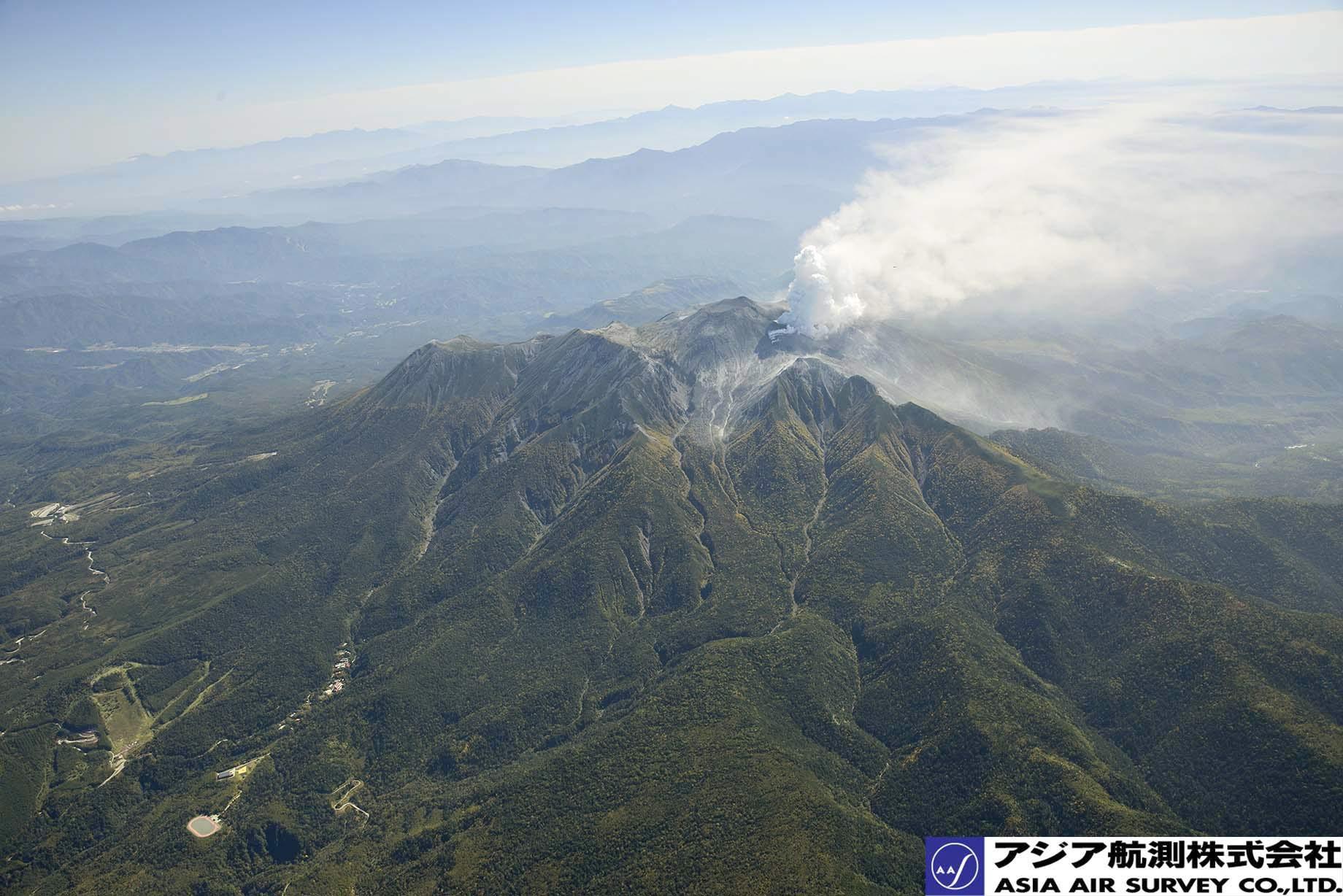 御嶽山噴火写真_斜め5
