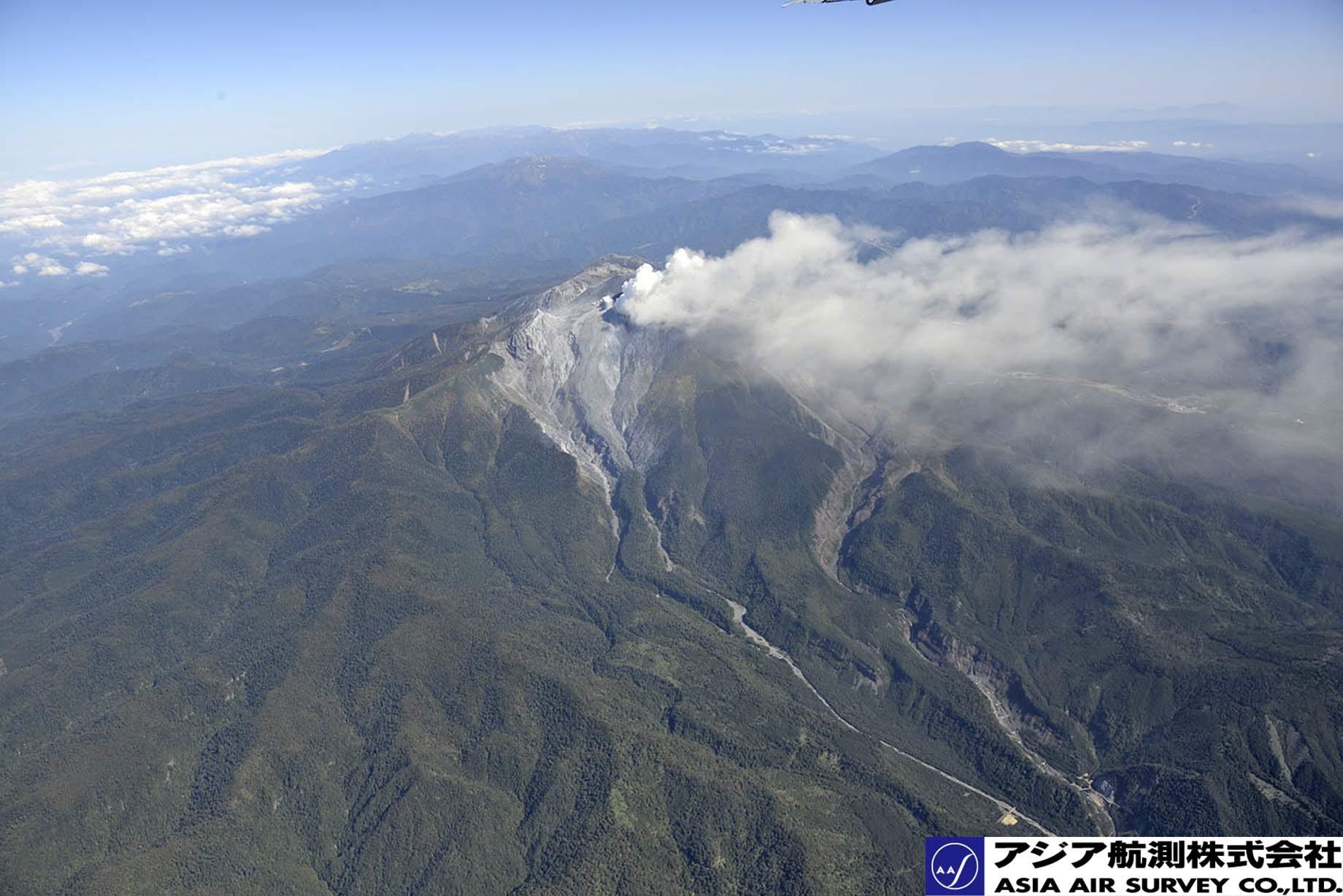 御嶽山噴火写真_斜め6