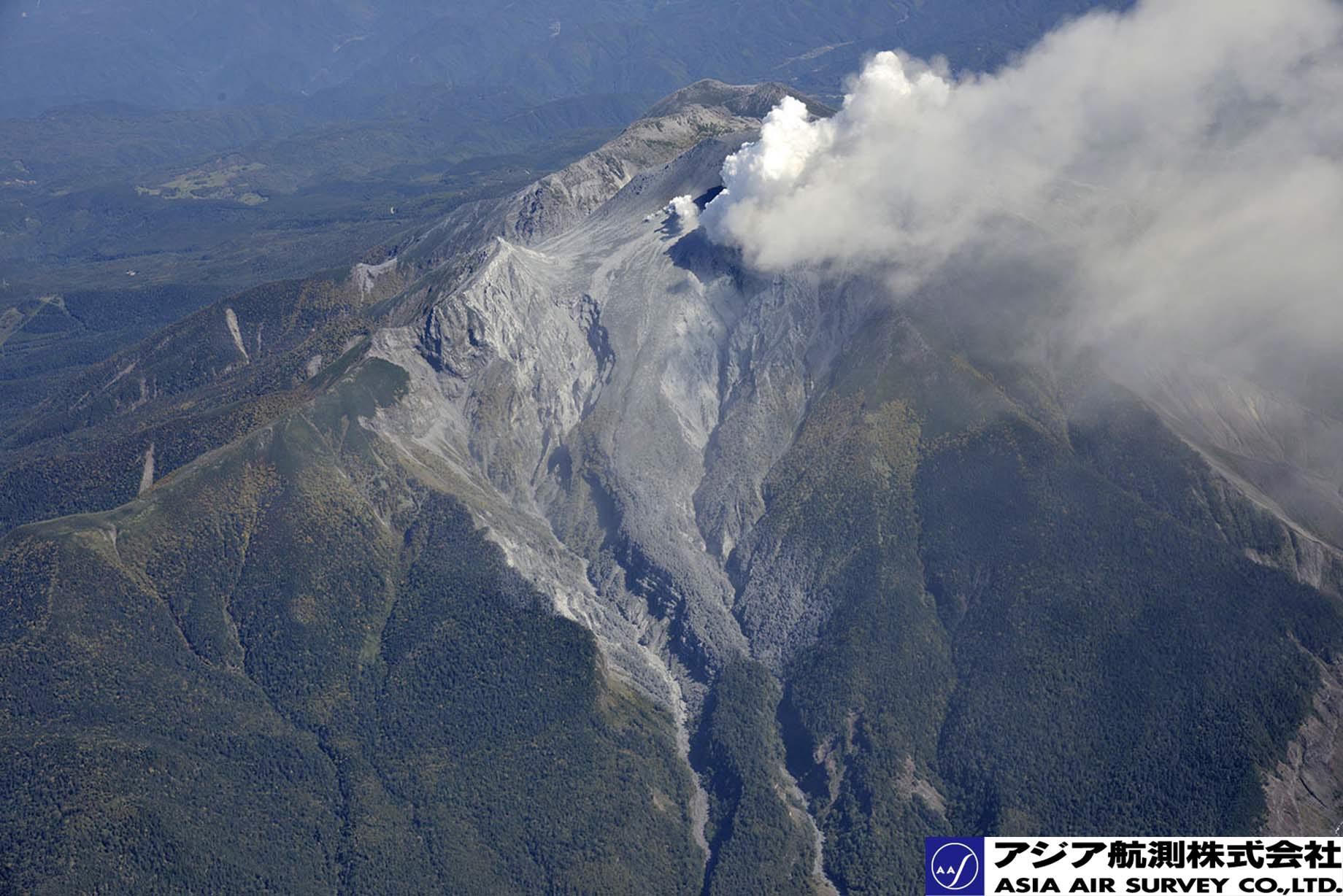 御嶽山噴火写真_斜め17