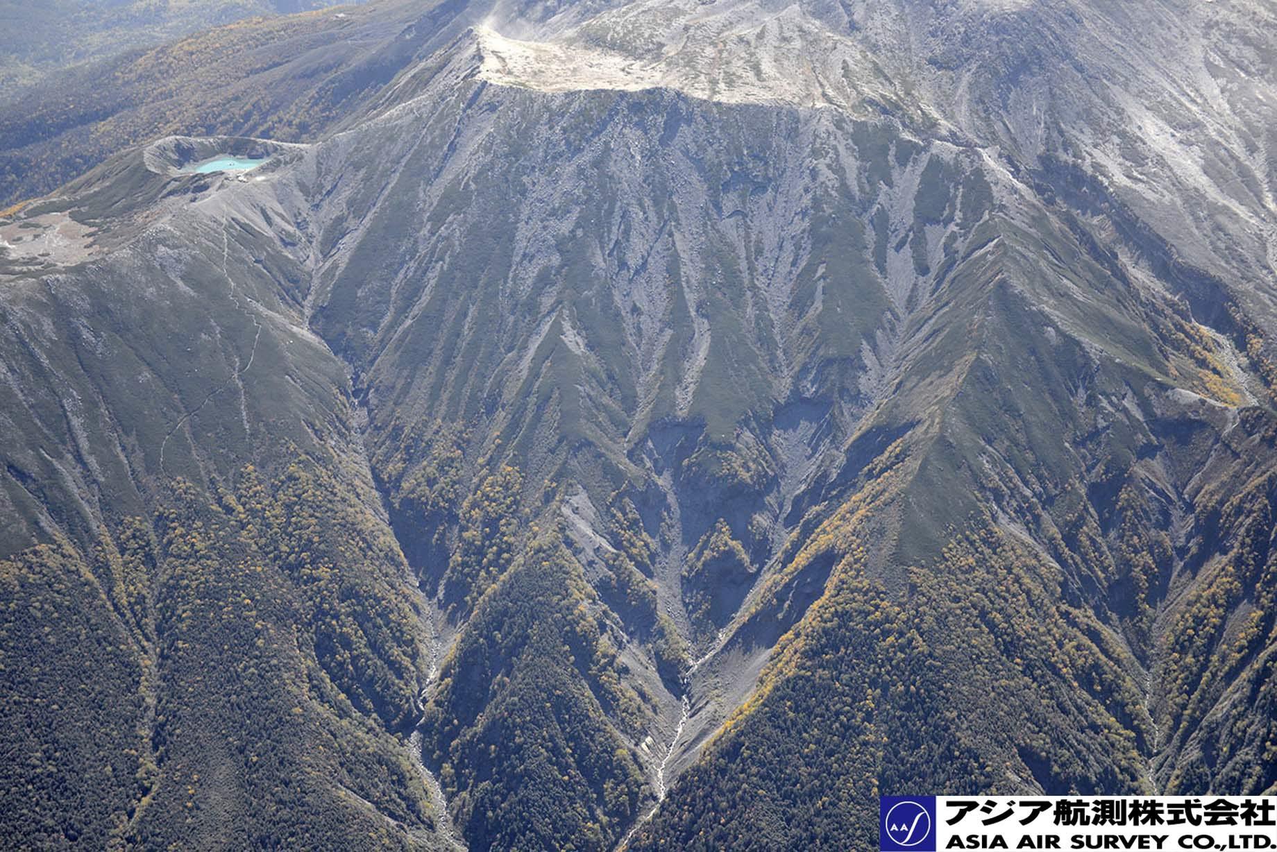 御嶽山噴火写真_斜め14