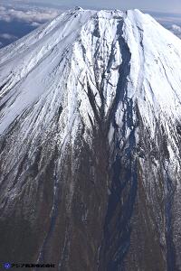 富士山スラッシュ雪崩 斜め空中写真_9