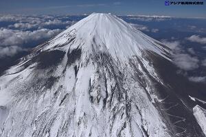 富士山スラッシュ雪崩 斜め空中写真_10