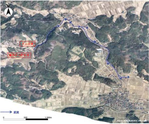 決壊した藤沼ダムと泥流経路